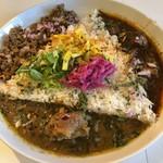 倉庫カリー - 料理写真:三種(チキン、ビンダル、キーマ)1150円