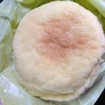 ふーふーどー - めろんパン(210円)