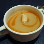 Isutamburuhanedan - ハネダン・ランチ ¥1350 レンズ豆のスープ