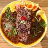 ナミニノカレー - 料理写真:和風ラムキーマ&ふわふわ粉雪チーズがけのラタトゥイユ風ポークキーマのあいがけカレー!
