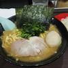 Sendai - 料理写真:ラーメン(醤油)太麺中盛780円+味玉100円