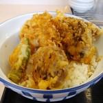 さん天 - 料理写真:秋刀魚ときのこの天丼。