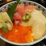 浜寿し - 三色丼