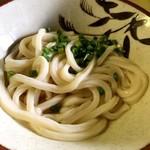 大平製麺 - 昔ながらのおうどん ダシは少なめでも十分ですよ