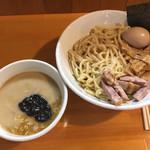 永太 - 料理写真:永太つけ麺¥1.000は具増して味玉が追加