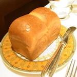 銀座 ラ・トゥール - ミルクパン