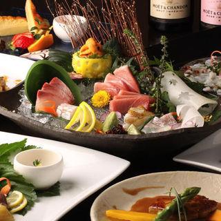 高級食材を贅沢に使った「特選おもてなしコース」が当店一番人気