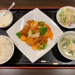 114703457 - 酢豚定食 ¥850