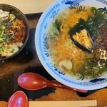 114709734 - 雲丹麺とミニピビンバ丼セット  1280円