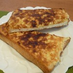 CAFEりんく - アーモンドトースト(この味は初めて、おいしいです!)