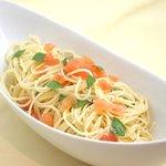 ヴィラ・ルーデンス - フレッシュトマトとバジリコのパスタ