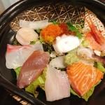 北浜くくり - 海鮮丼