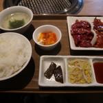 kandayakinikuorenoniku - ランチのハラミ&ハツ定食