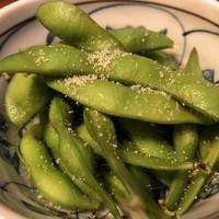 日本酒chintara 燻ト肉-燻製塩あえ枝豆