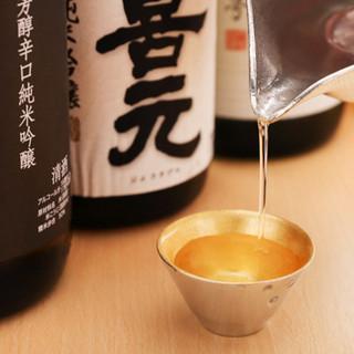 旨い肴と鮨に合う、こだわりの日本酒をご用意