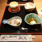 114722629 - 胡麻豆腐、もずく、茶碗蒸し、おひたし                       どれも上品な味付けで美味しい♡
