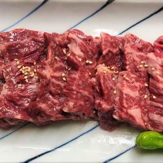 ボリュームのあるお肉で大満足間違えなし!
