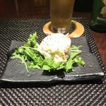 赤羽HAZE - 燻製ベーコンのポテトサラダ。       美味し。