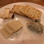 アルコリスタ - チーズ盛り合わせ