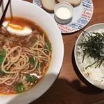 Osakanajakku - ビスクヌードルw/焼きサバほぐし丼