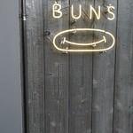 HAPPY BUNS -