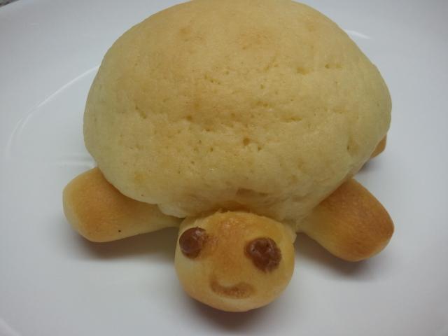 ブーランジュリ シマ - かめパン 80円