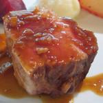 114762156 - 豚肉のロースト
