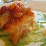 水越 - 白身魚のソテー ラタトゥ―ユ添え