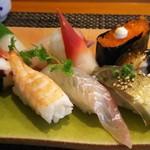 玄海鮨 - 竹にぎり(1000円)+追加のヒラメ+サバ