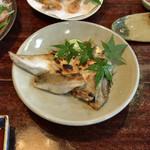 浜吉 - ●縞鯵カマ塩焼