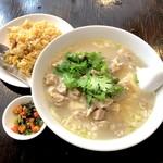 114788284 - 羊肉麺+半チャーハン(1,000円)