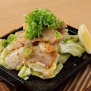 鉄板焼が大人気!絶品お肉料理は580円~!