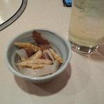 魚寅食堂 - 晩酌セット(1杯&お通しで200円!!)