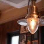 チキンプレイス ロティサリーズ - あ~このランプ欲しい…。