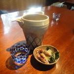 志蕎庵 江月 - 蕎麦前とお通しの螢イカとワカメの酢味噌和え