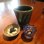 志蕎庵 江月 - 二番目のお通しは生湯葉と海苔