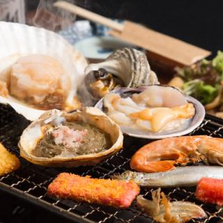 卓上で楽しむ炉端焼き♪新鮮な食材をできたてで楽しめます!