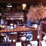 喫茶 ほ - オープンな厨房