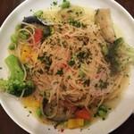 シーエムツー カフェ - 彩り野菜のペペロンチーノ(乾麺M)