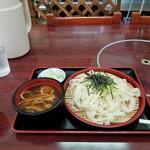 昇仙館 - 料理写真:冷やしほうとう。