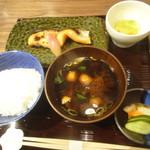 114892707 - 西京焼き膳(鮭)