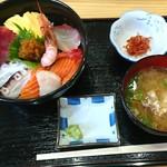 114898652 - 「海鮮丼」