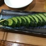 大衆酒蔵 日本海 - キューリ一本漬け300円+税(2019.8.16)