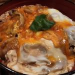 秋田の食堂 やまと - 比内千鷄おやこ丼