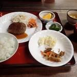弥四郎小屋 - 料理写真:晩ごはん