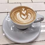 Roasted COFFEE LABORATORY - カフェラテ
