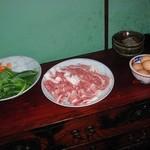 丹波谷 かくりゅう - すき焼きの準備