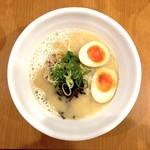 鶏白湯 しら川 - しら川ラーメン(780円)+味玉(100円)