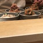 日本橋海鮮丼 つじ半 - 作ってます!