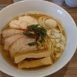 実垂穂 - 無添加魚介出汁の中華そば・塩 (上) 麺大盛り